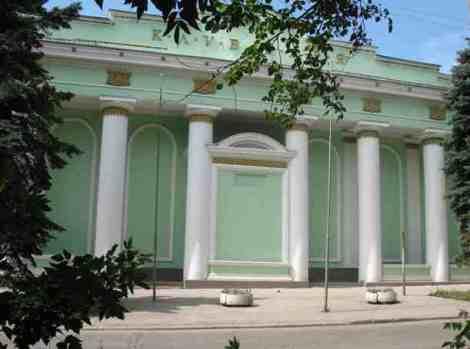 отремонтированный клуб Заря - украшение Машстроя