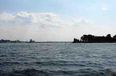 Остров по правому борту