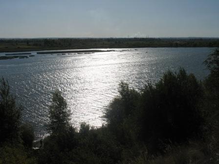 вид на реку Самара сверху, со стороны дач и железной дороги