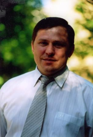 Александр Адамов