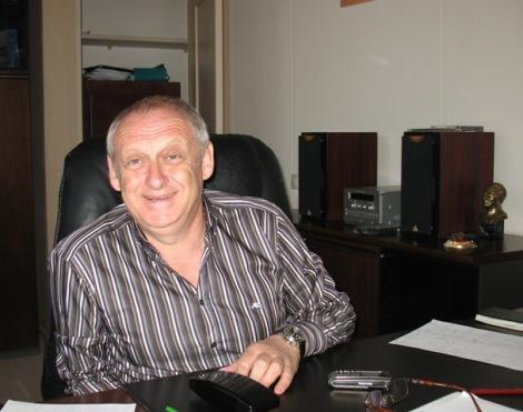 Александр Хенкин