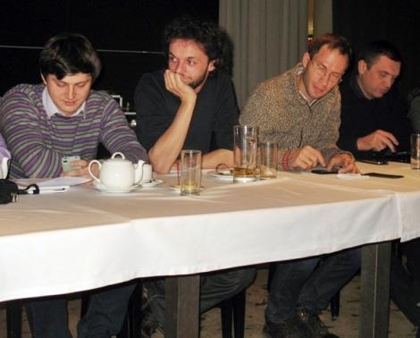 слева - направо Владимир Сверкалов (задавал тему по Солнечной, Армен Арутюнов, Андрей Кириллов (ушел раньше, чтобы не опаздать на 24 автобус), Андрей Третьяков