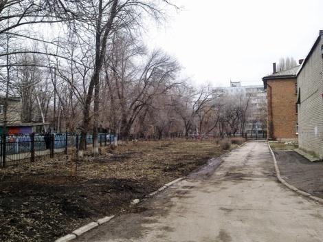 на месте школьного сада тоже росли фруктовые Черновские сады