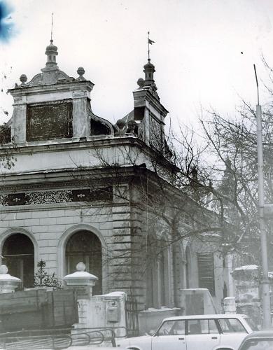 раньше Союз художников находился в кухмейстерской Вакано на Красноармейской, это здание не было заброшено