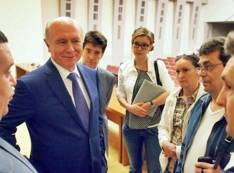 ЕГЭ после пресс-конференции обсуждали с губернатором и вице-губернатором
