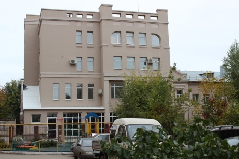 тот самый детский центр за который Демина билась с Тарховым - после сдачи не работал