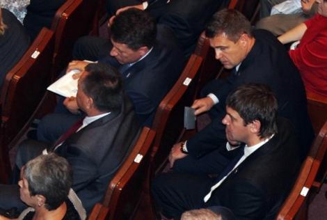 когда депутату Дмитрию Литвинову надоело в зале