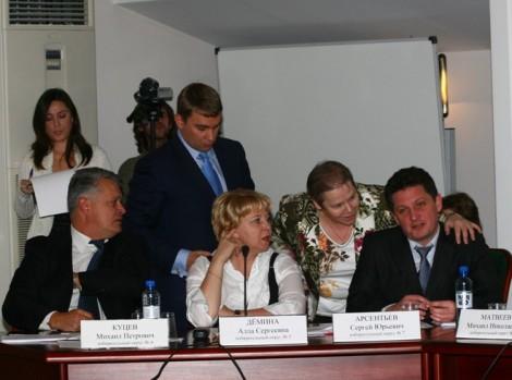 в 2010 партизана Арсентьева и сокера Ильина послали в сад
