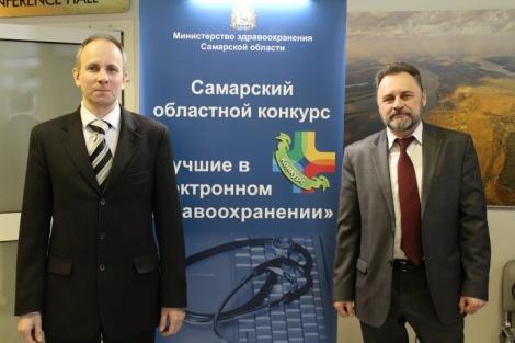 (справа) Виктор Ломакин  (директор компании «ПАРУС») и Антон Росохатый (заместитель директора компании ИМЦ) (спонсоры конкурса)