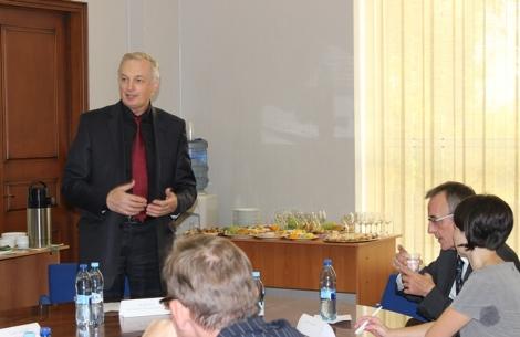 Шахматова обрадовало что заводчане так хорошо знают программу развития вуза