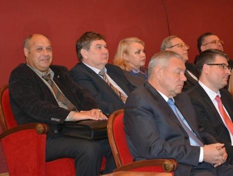 скорую помощь Евгения Гордона губернатор хвалил за улучшение работы