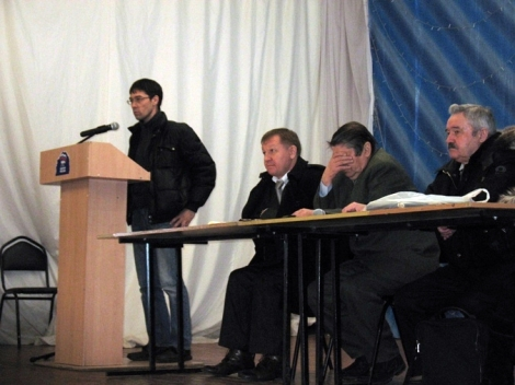 Дмитрий Карягин знает проблемы дачников в лесу на 19 км