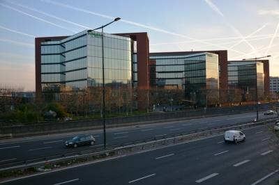 офисный комплекс Schneider Electric в Париже - эти здания сертифицированы по ISO