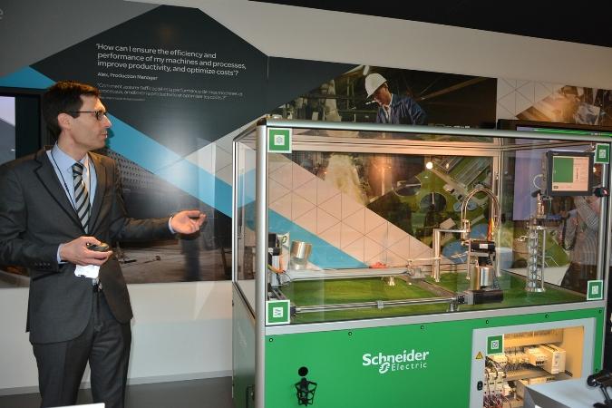 а еще Schneider Electric - лидер по автоматизации производства