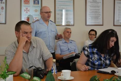 Синюков слушает Антонова