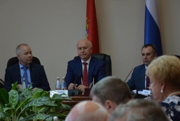 губернатор работал еще в ученом совете Мордовского университета