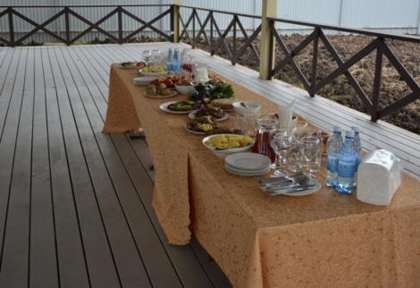 картошка, грибки и соленья украсят любой стол, а главное - все свое
