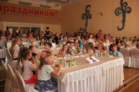 Электрощит Самара проводит перед 1 сентября праздники для ребят