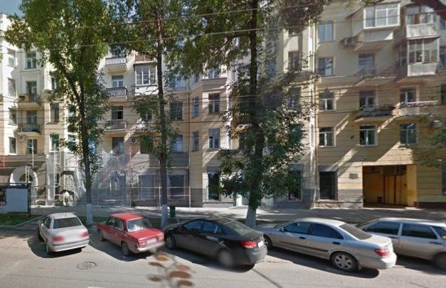библиотеку с Волжского проспекта выбросили, теперь здесь контора Крайнова