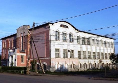 здесь была главная школа Запанского