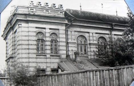 здание мечети в 1950-е годы на Молодогвардейской