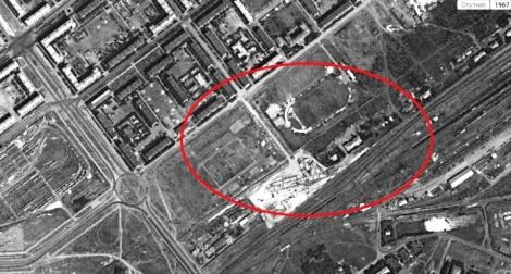 стадионы на Кр. Коммунаров, хорошо виден поселок Безымянка у жд