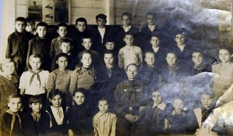 а это ученики старой школы Мясокомбината