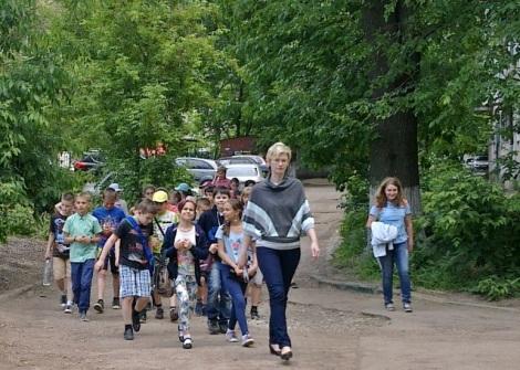 летние школьные лагеря вышли на улицы Самары