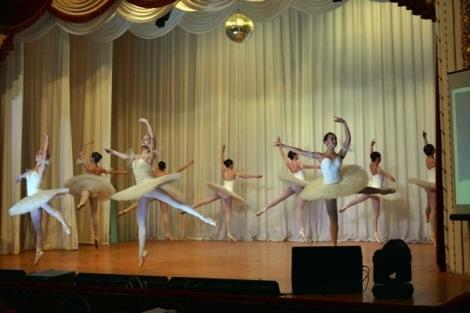 балет наполнял летний праздник воздухом