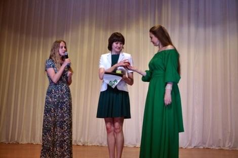 организация озеленения площадки рядом с Сапфиром - заслуга Марии Шакировой