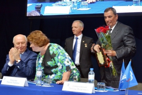 поздравили Симановского