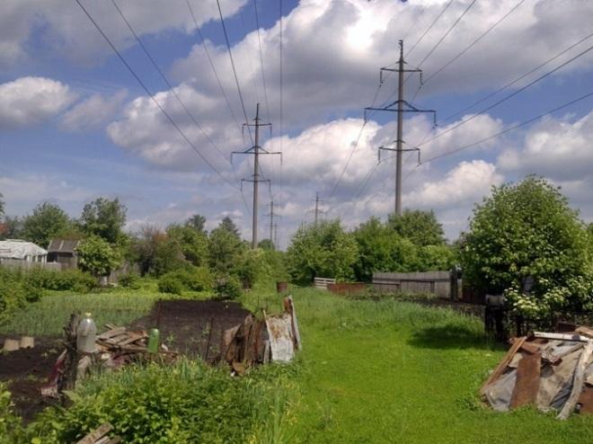 как и предполагалось сначала сети положили под эти ЛЭП, которые будут весной демонтированы