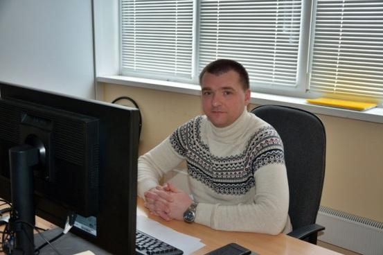 Максим Саянов