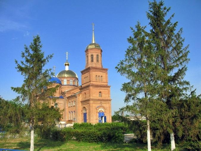 старинная церковь в Красносамарском (Моче)
